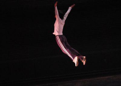 Guest Artist with Nami Yamamoto; a howling flower  Photo: Free Dance, International Contemporary Dance Festival / Photo: Ryutaro Mishima